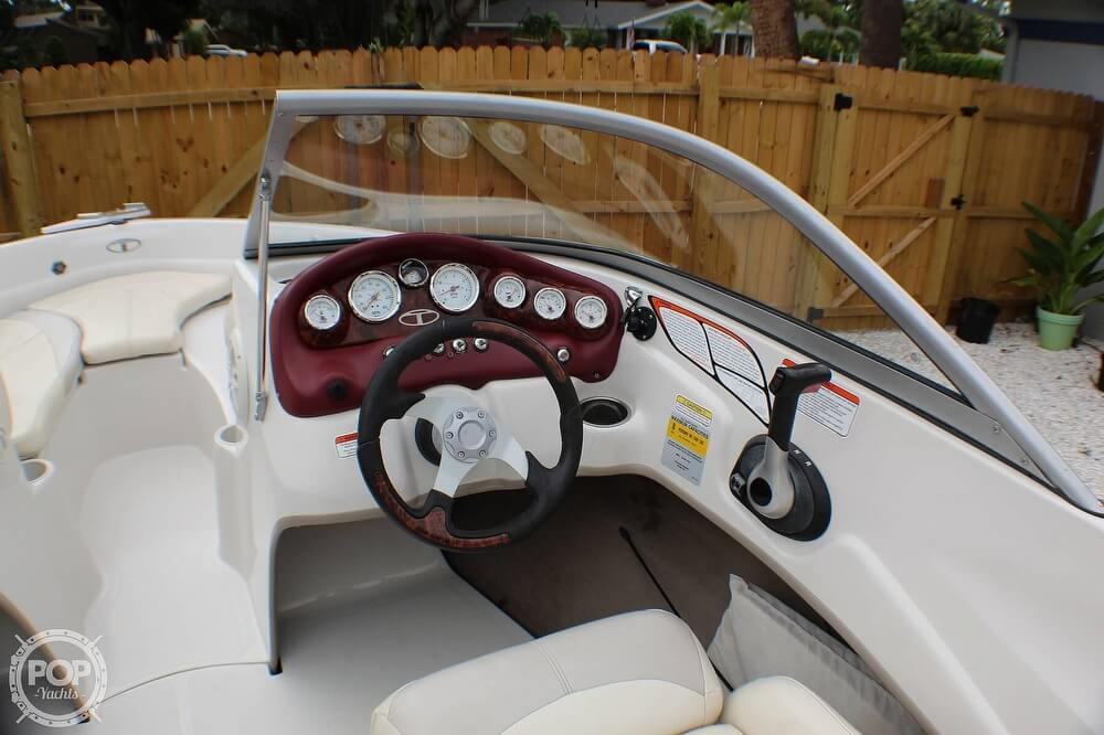 2011 Tahoe boat for sale, model of the boat is Q5i SF & Image # 21 of 40