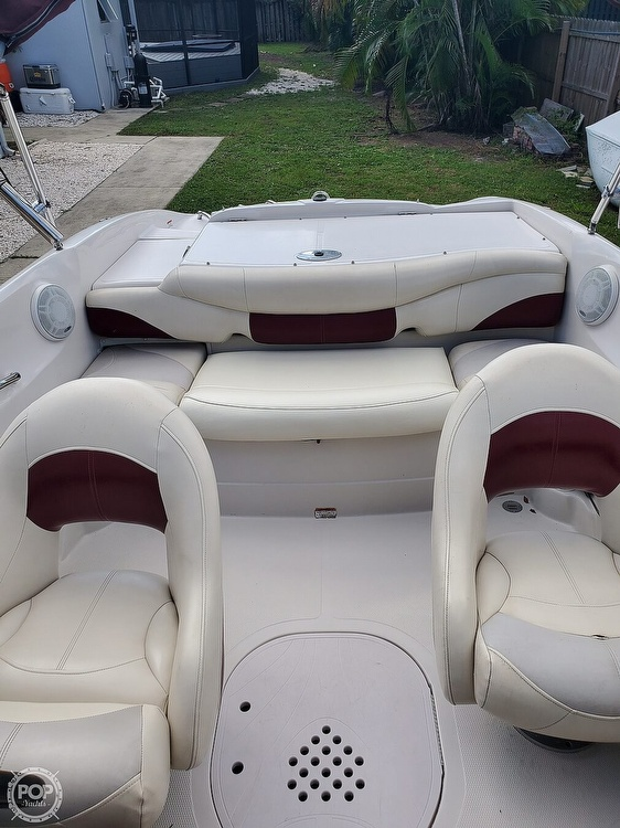 2011 Tahoe boat for sale, model of the boat is Q5i SF & Image # 12 of 40