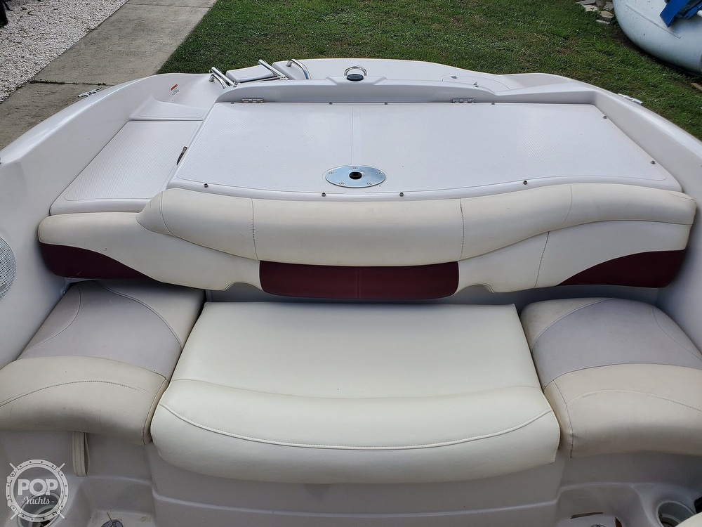 2011 Tahoe boat for sale, model of the boat is Q5i SF & Image # 13 of 40