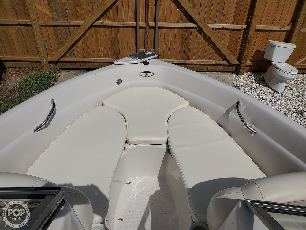 2011 Tahoe boat for sale, model of the boat is Q5i SF & Image # 15 of 40