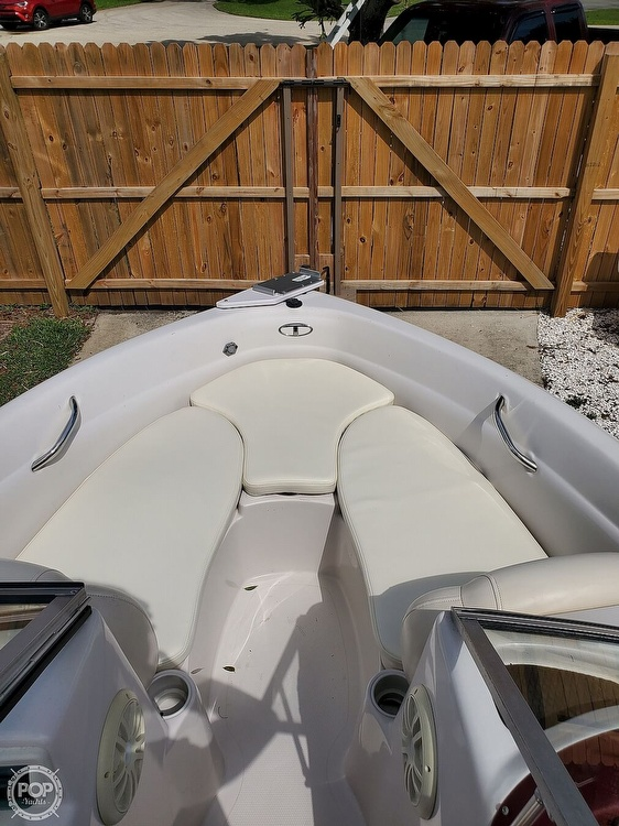 2011 Tahoe boat for sale, model of the boat is Q5i SF & Image # 16 of 40