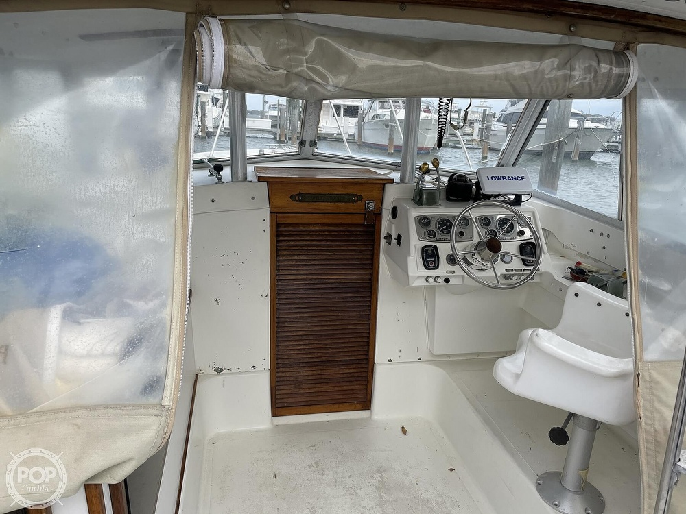 1972 Bertram boat for sale, model of the boat is 25 & Image # 16 of 40