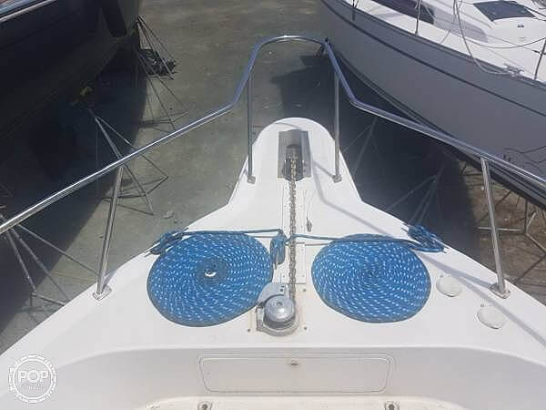 1999 Sea Ray boat for sale, model of the boat is 450 Express Bridge & Image # 9 of 41