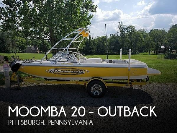 Used Ski Boats For Sale in Youngstown, Ohio by owner | 2003 Moomba 20