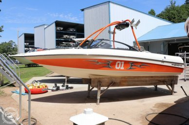 Malibu Wakesetter 21 VLX, 21, for sale - $27,499