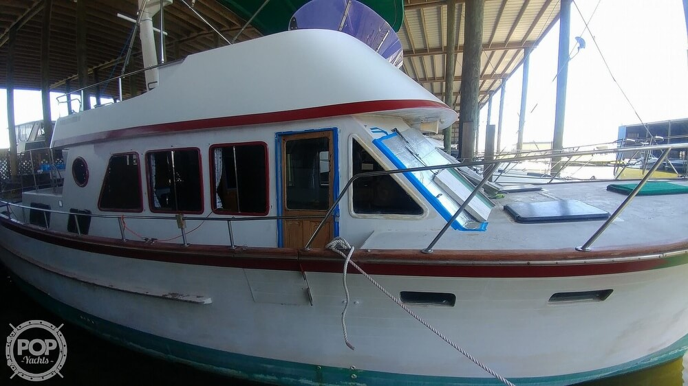 1983 Ocean Alexander boat for sale, model of the boat is 43 & Image # 25 of 40