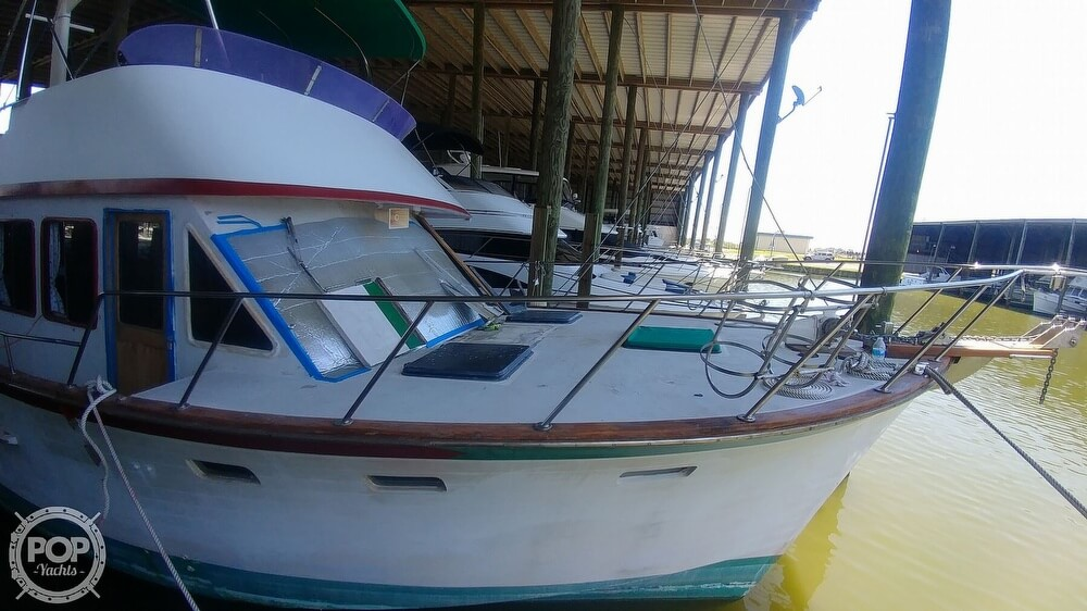 1983 Ocean Alexander boat for sale, model of the boat is 43 & Image # 26 of 40
