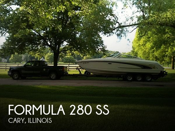 Used Boats For Sale in Milwaukee, Wisconsin by owner | 2003 Formula 28