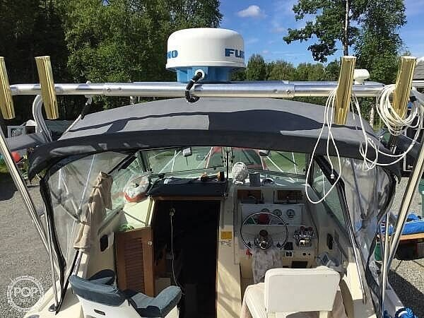 1985 Pursuit boat for sale, model of the boat is 2600 Tierra & Image # 5 of 13