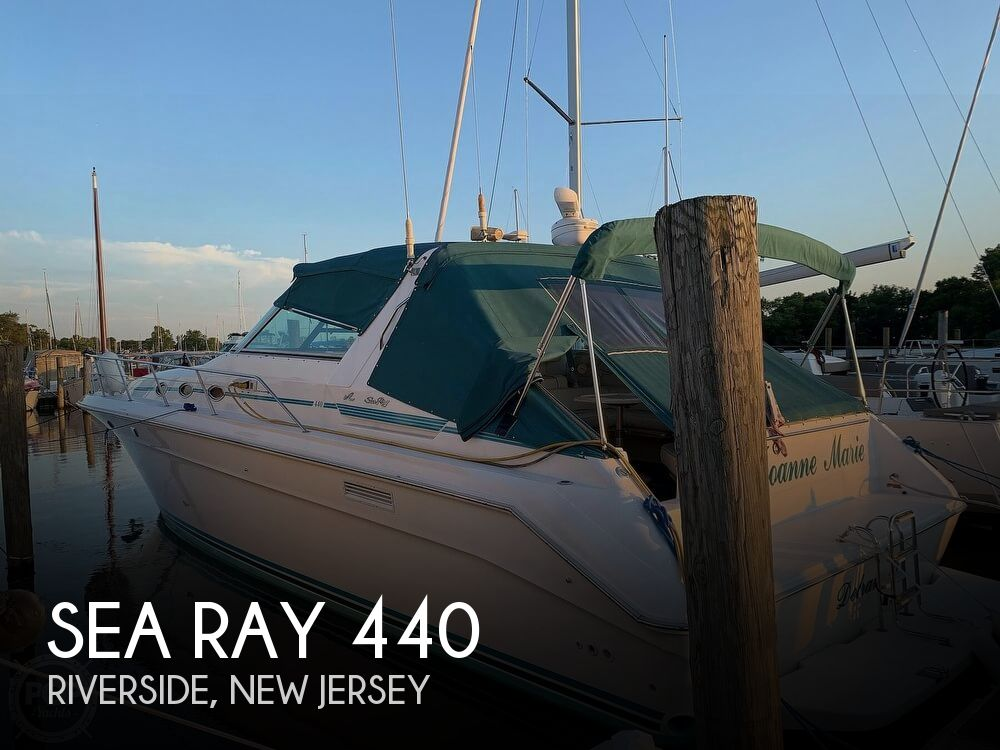 1994 Sea Ray boat for sale, model of the boat is 440 Sundancer 2010 Iveco 370s & Image # 1 of 40