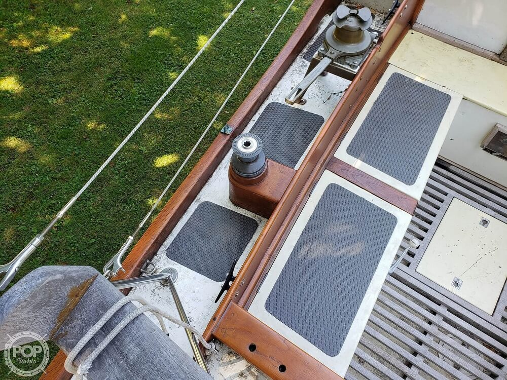 1977 Golden Hind boat for sale, model of the boat is 31 & Image # 38 of 40