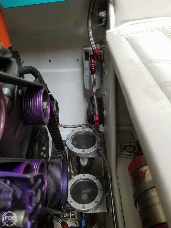 2004 Eliminator boat for sale, model of the boat is Daytona 30 & Image # 36 of 41