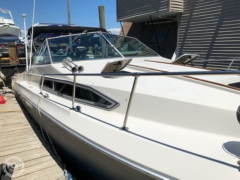 1986 Sea Ray boat for sale, model of the boat is 270 Sundancer & Image # 2 of 40