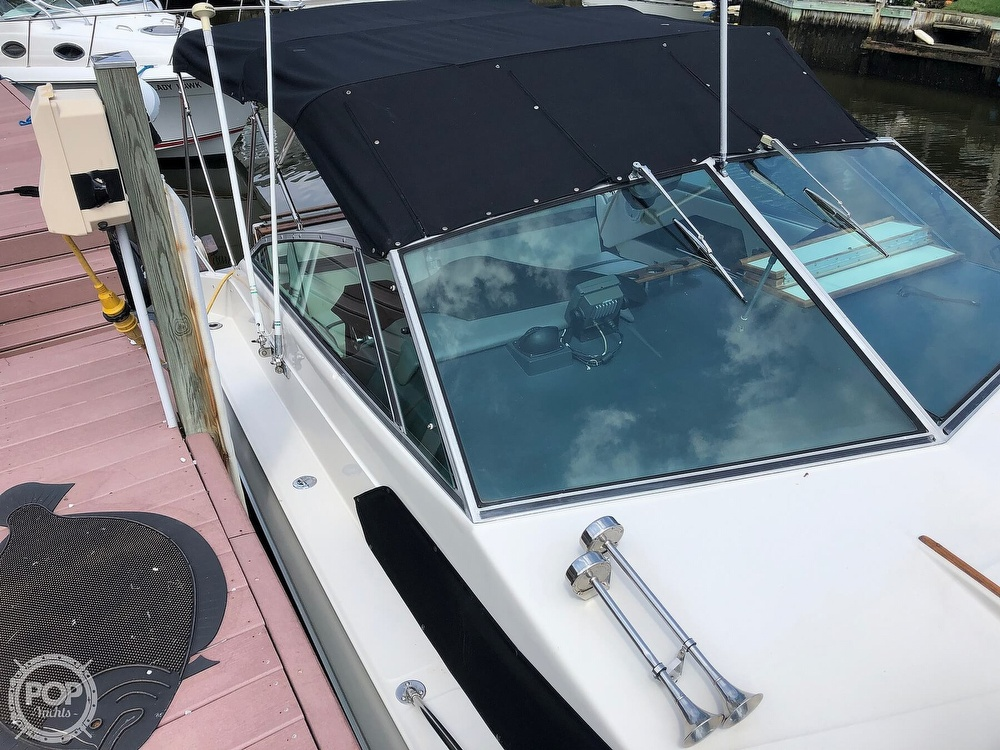 1986 Sea Ray boat for sale, model of the boat is 270 Sundancer & Image # 12 of 40