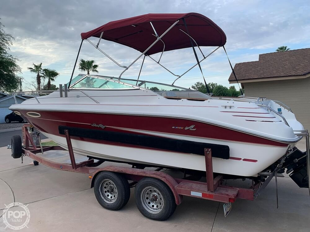 1994 Sea Ray boat for sale, model of the boat is 240 Signature Overnighter & Image # 10 of 40