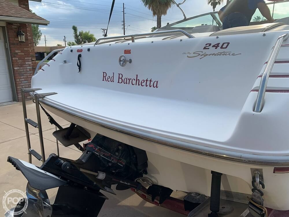 1994 Sea Ray boat for sale, model of the boat is 240 Signature Overnighter & Image # 18 of 40