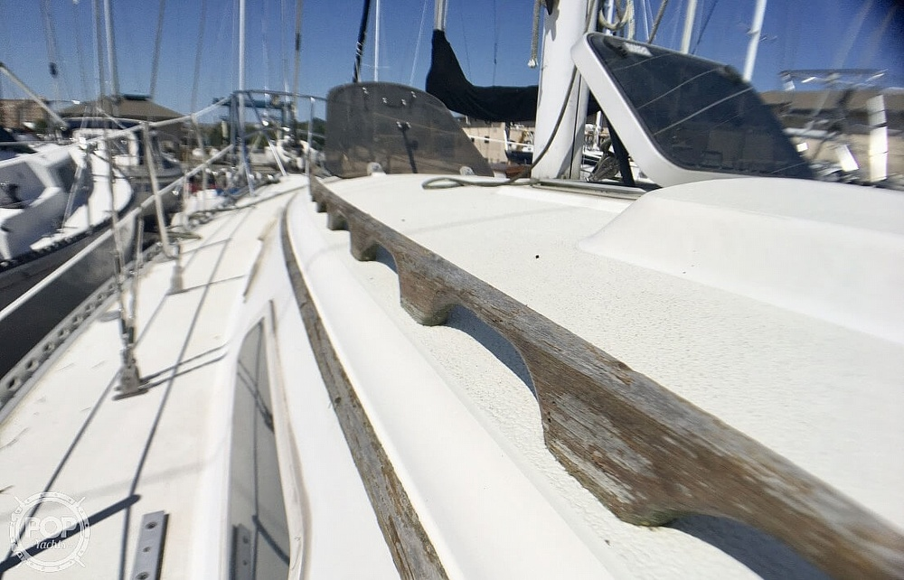1984 Islander boat for sale, model of the boat is 28 & Image # 40 of 40