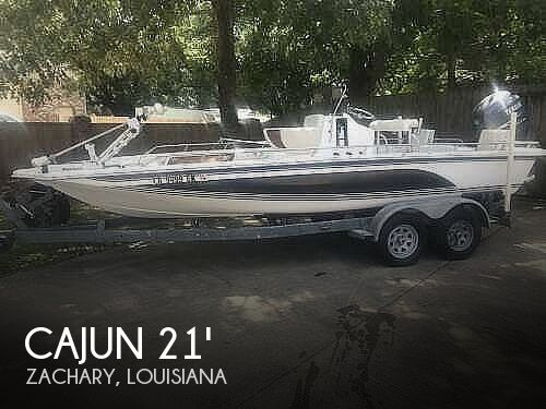 1993 Cajun boat for sale, model of the boat is 2100 Fishmaster & Image # 1 of 40