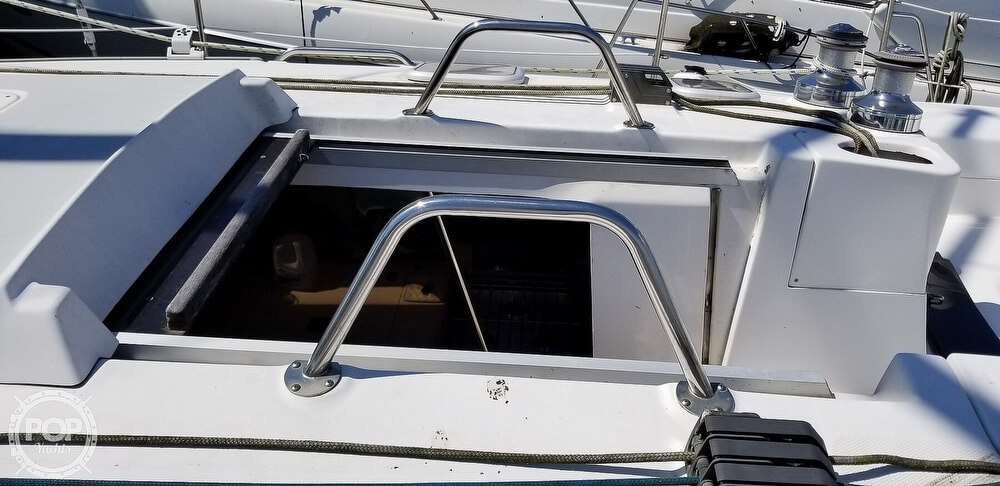 2002 Hunter boat for sale, model of the boat is 410 & Image # 13 of 40