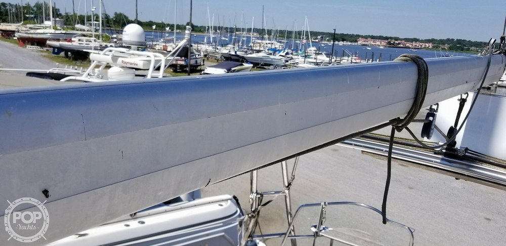 2002 Hunter boat for sale, model of the boat is 410 & Image # 17 of 40