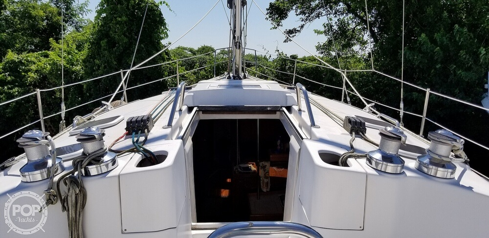 2002 Hunter boat for sale, model of the boat is 410 & Image # 19 of 40