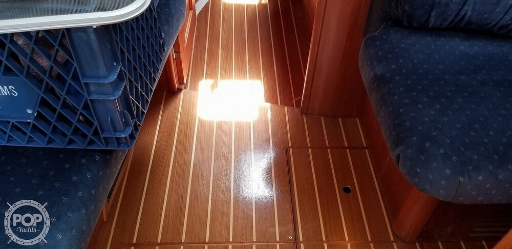 2002 Hunter boat for sale, model of the boat is 410 & Image # 36 of 40