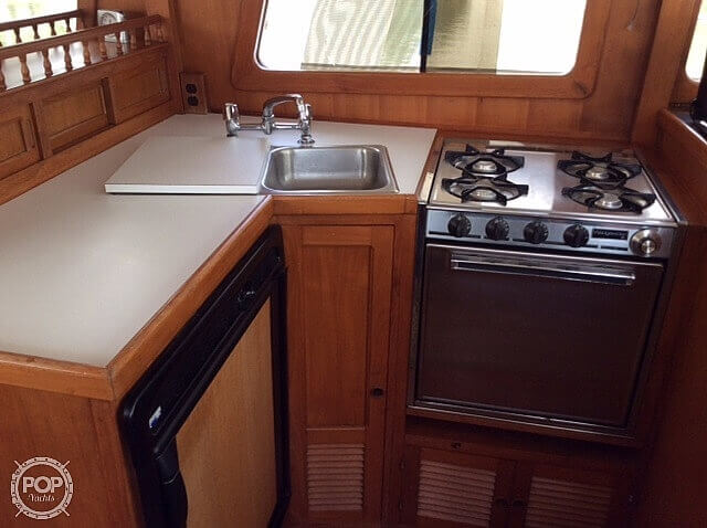 1983 CHB boat for sale, model of the boat is 35 Europa Sedan & Image # 3 of 40