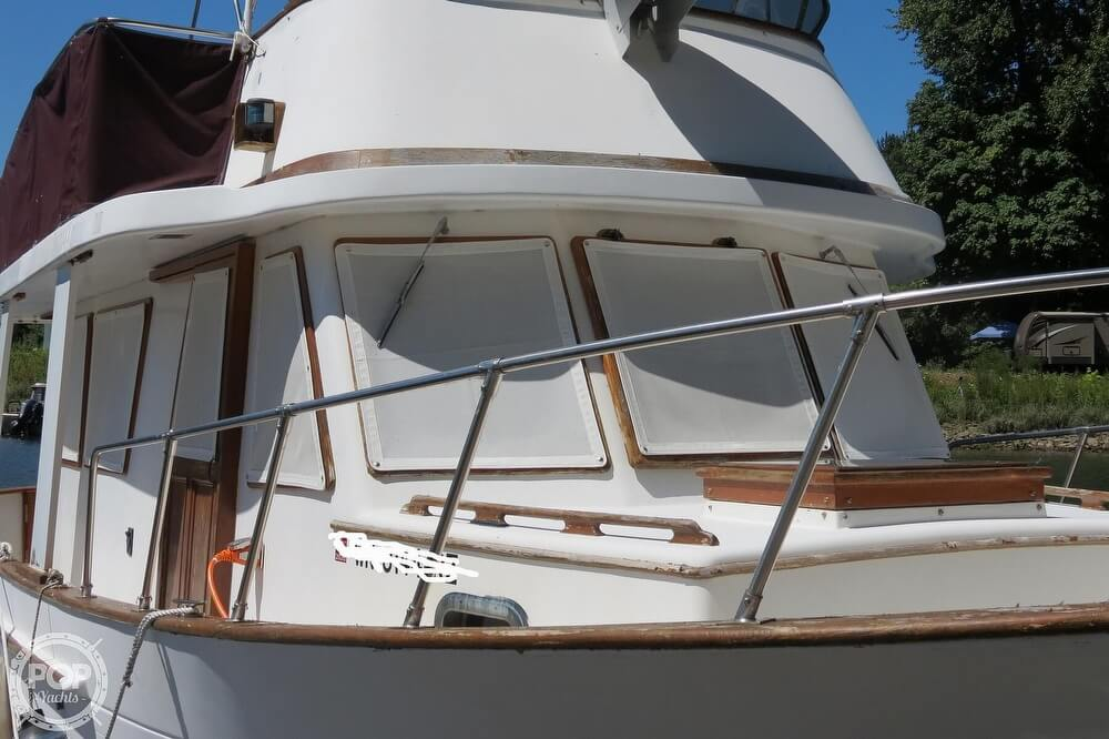 1983 CHB boat for sale, model of the boat is 35 Europa Sedan & Image # 7 of 40