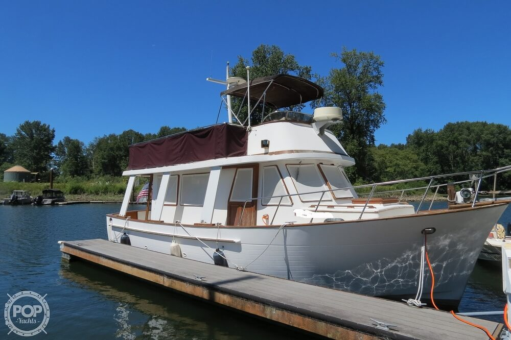 1983 CHB boat for sale, model of the boat is 35 Europa Sedan & Image # 2 of 40