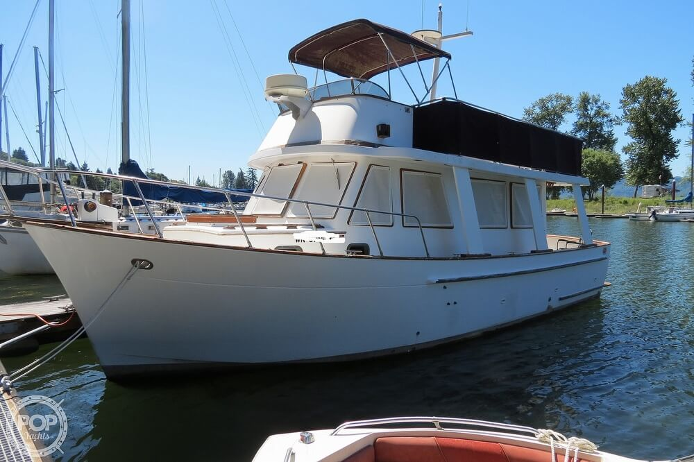 1983 CHB boat for sale, model of the boat is 35 Europa Sedan & Image # 10 of 40