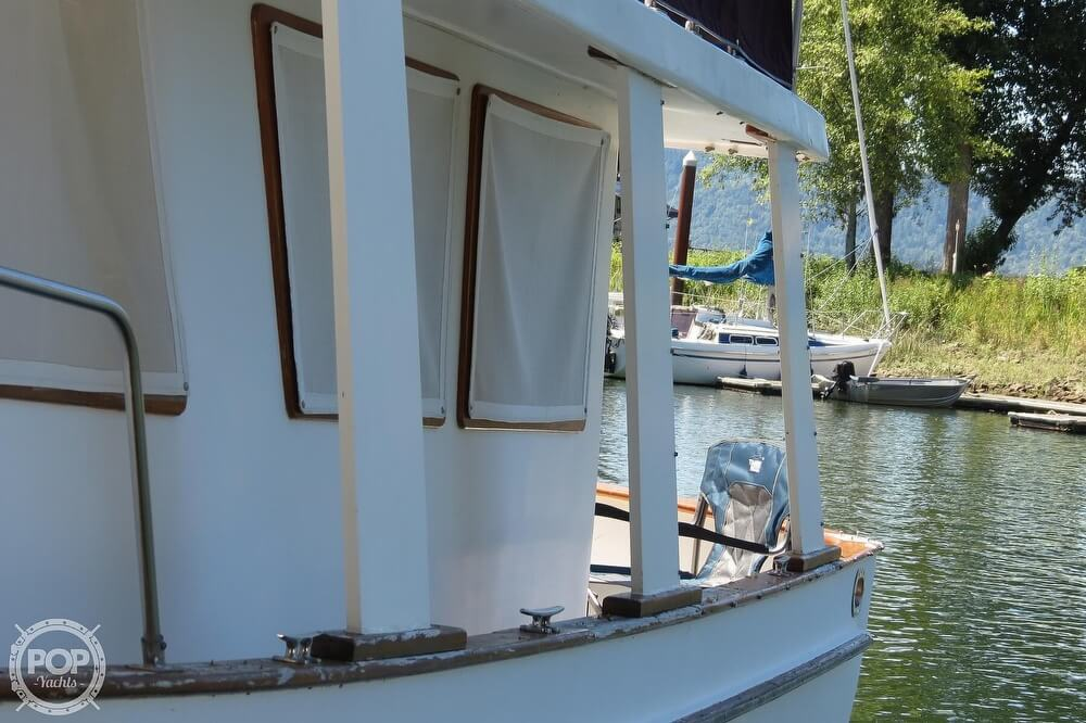 1983 CHB boat for sale, model of the boat is 35 Europa Sedan & Image # 19 of 40