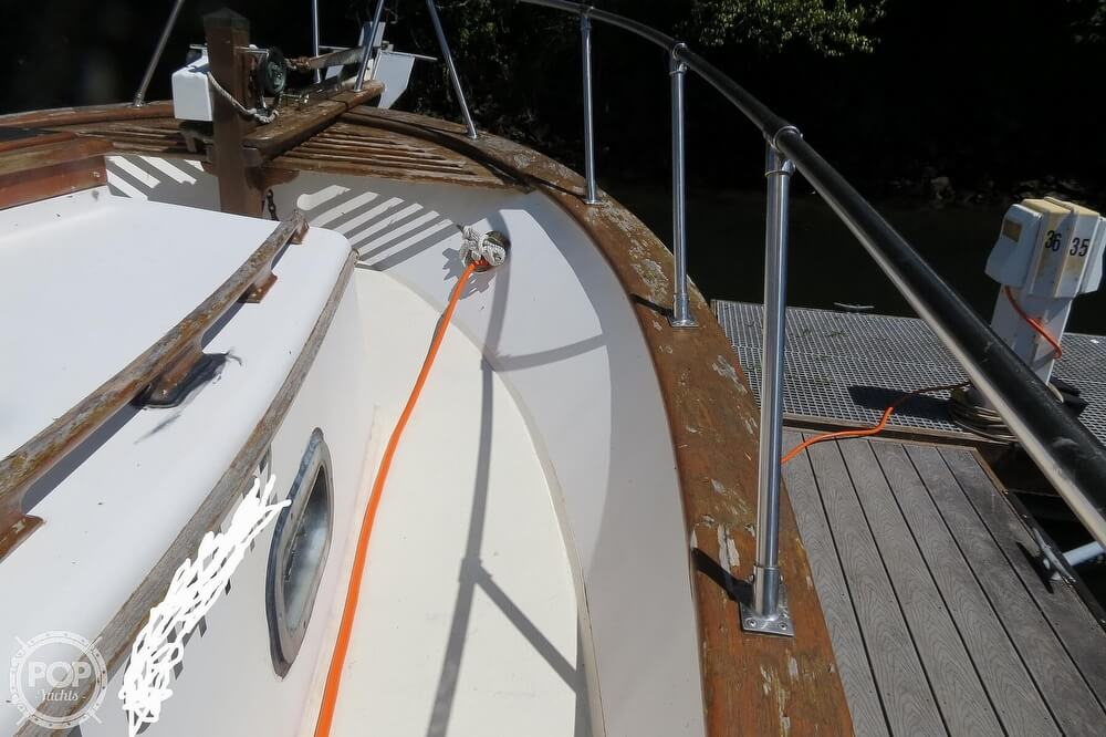 1983 CHB boat for sale, model of the boat is 35 Europa Sedan & Image # 36 of 40