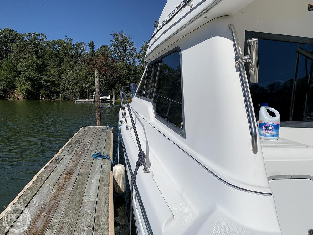 2001 Bayliner boat for sale, model of the boat is 3388 Sedan & Image # 8 of 40
