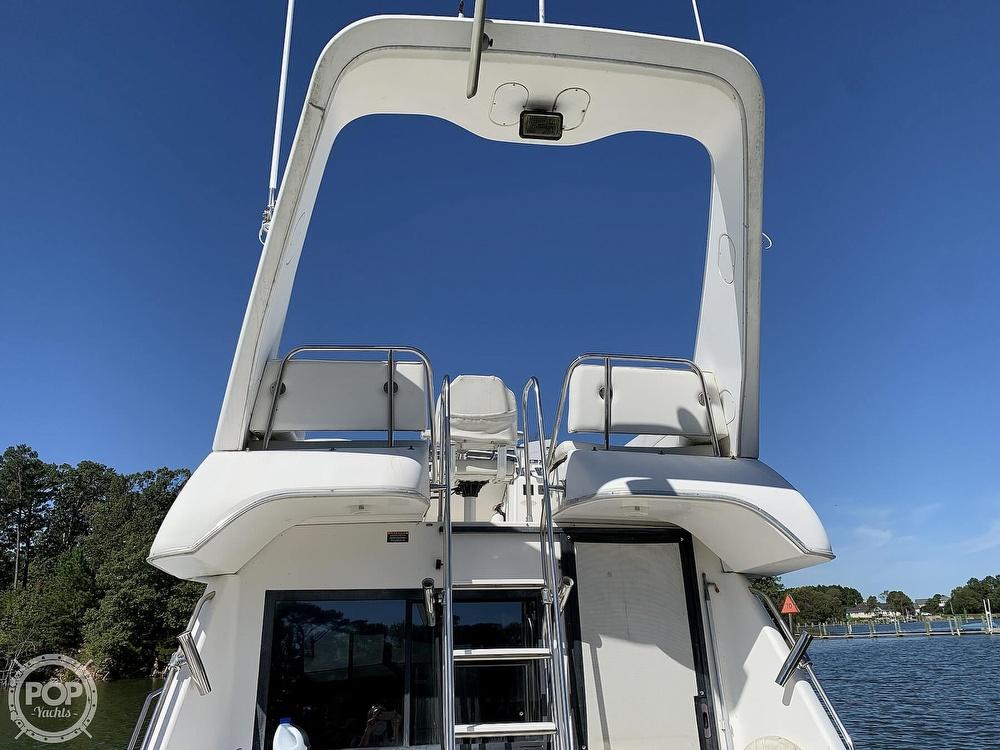 2001 Bayliner boat for sale, model of the boat is 3388 Sedan & Image # 11 of 40