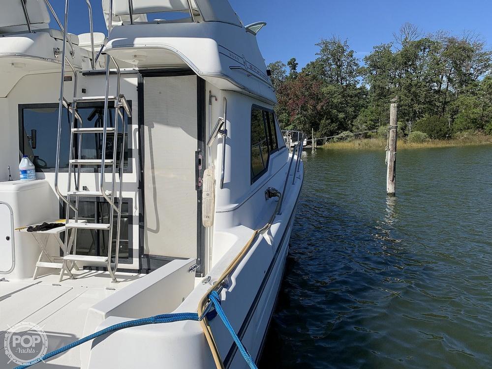 2001 Bayliner boat for sale, model of the boat is 3388 Sedan & Image # 13 of 40