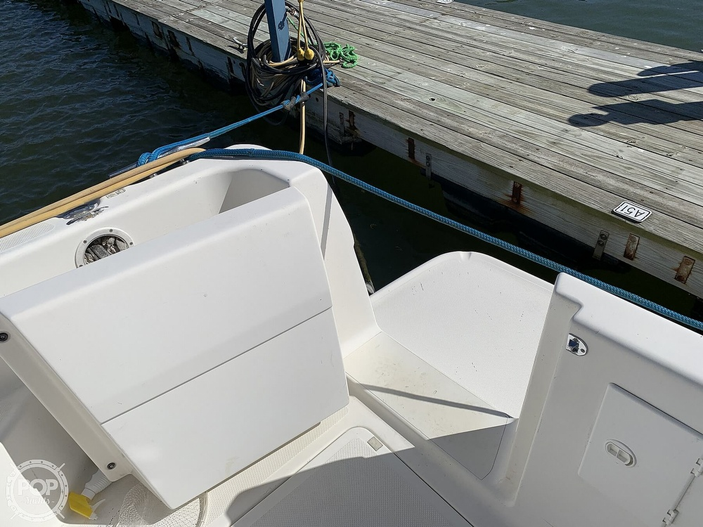 2001 Bayliner boat for sale, model of the boat is 3388 Sedan & Image # 22 of 40