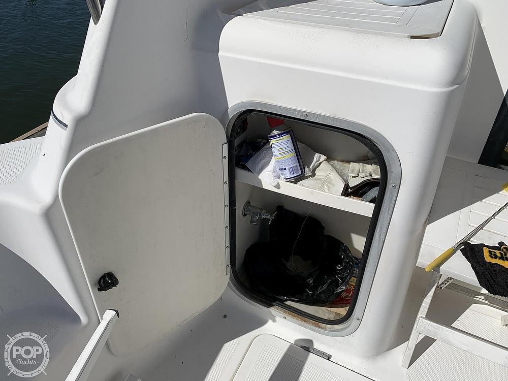 2001 Bayliner boat for sale, model of the boat is 3388 Sedan & Image # 16 of 40