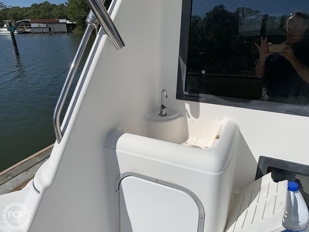2001 Bayliner boat for sale, model of the boat is 3388 Sedan & Image # 17 of 40