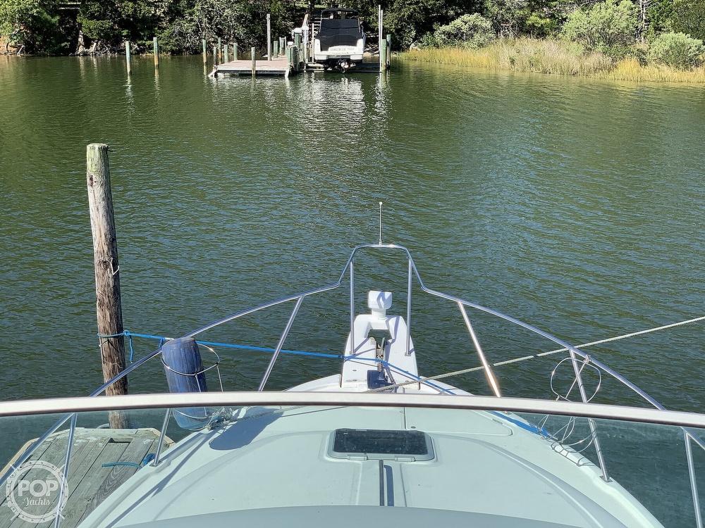 2001 Bayliner boat for sale, model of the boat is 3388 Sedan & Image # 29 of 40