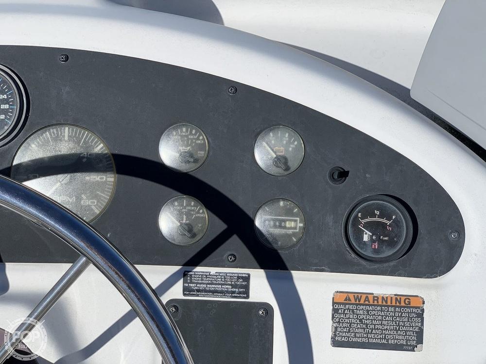 2001 Bayliner boat for sale, model of the boat is 3388 Sedan & Image # 32 of 40