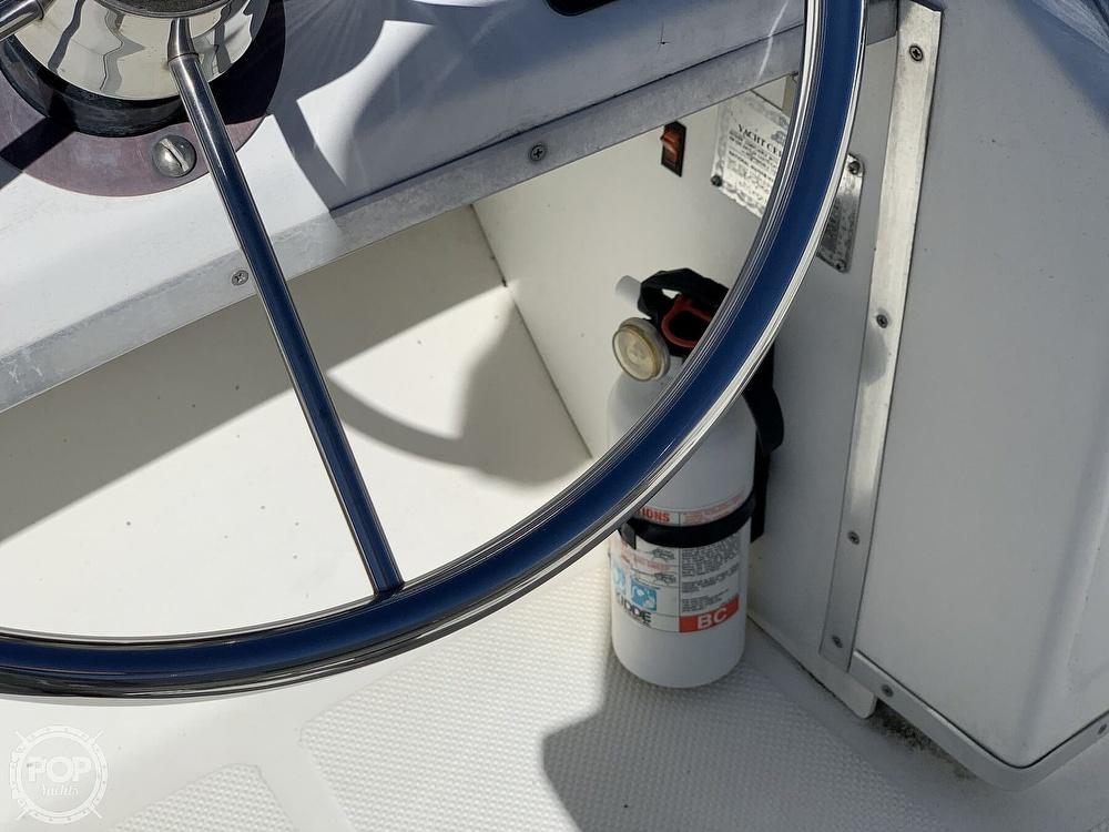 2001 Bayliner boat for sale, model of the boat is 3388 Sedan & Image # 39 of 40