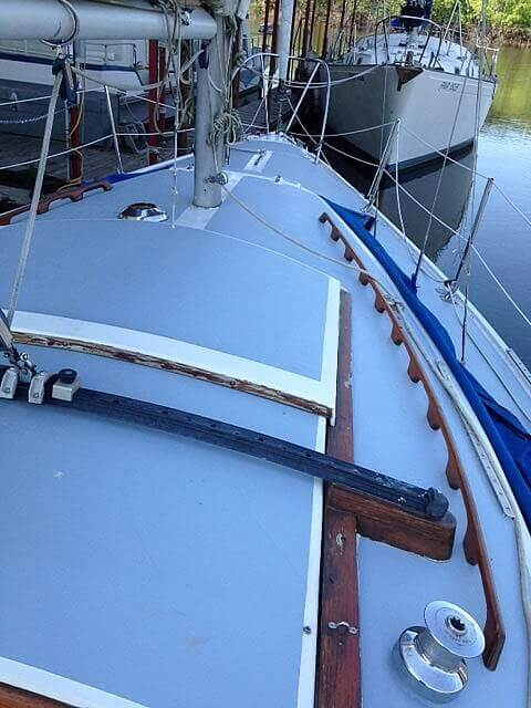 1975 Catalina Yachts boat for sale, model of the boat is 30 & Image # 4 of 8