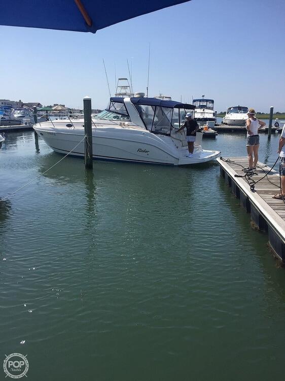 2002 Rinker boat for sale, model of the boat is Fiesta Vee 342 & Image # 2 of 40