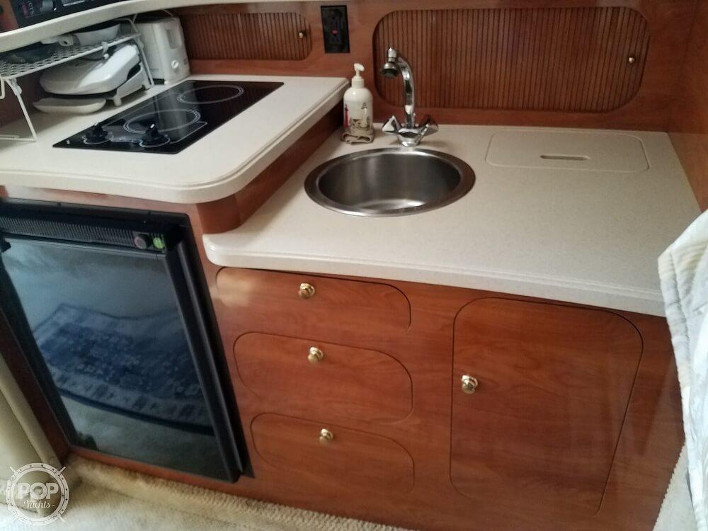 2002 Rinker boat for sale, model of the boat is Fiesta Vee 342 & Image # 6 of 40