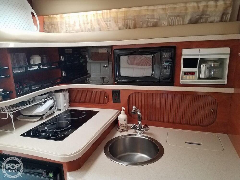 2002 Rinker boat for sale, model of the boat is Fiesta Vee 342 & Image # 18 of 40