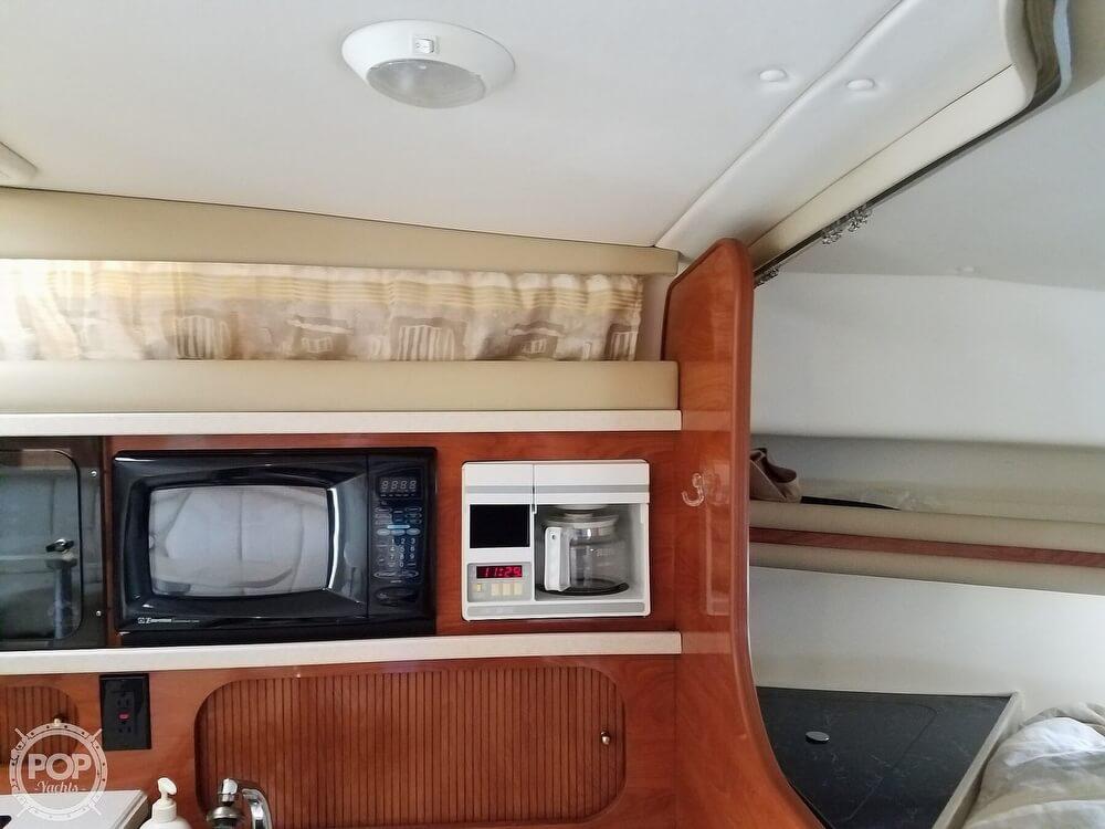 2002 Rinker boat for sale, model of the boat is Fiesta Vee 342 & Image # 21 of 40