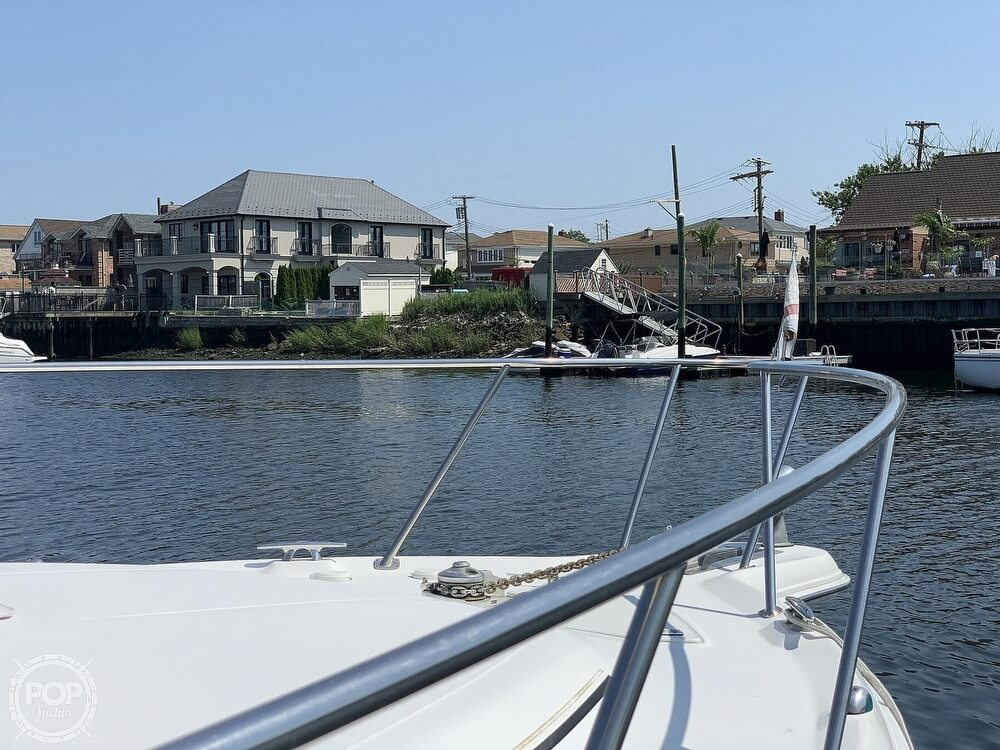 2002 Sea Ray boat for sale, model of the boat is Amberjack & Image # 38 of 40