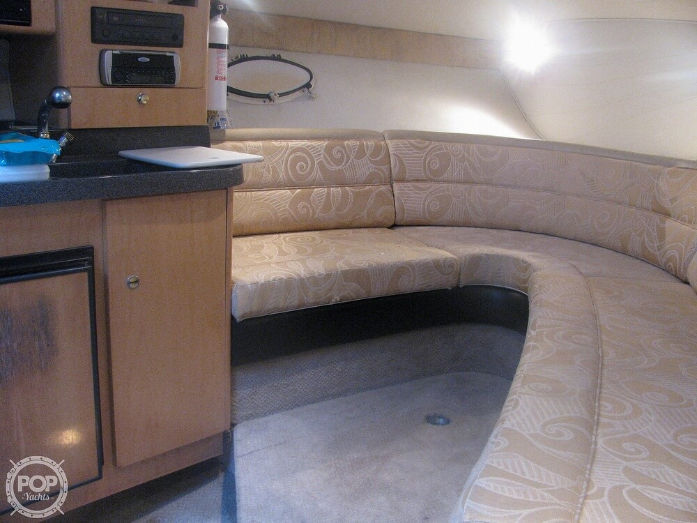 2001 Larson boat for sale, model of the boat is Cabrio 270 & Image # 12 of 40
