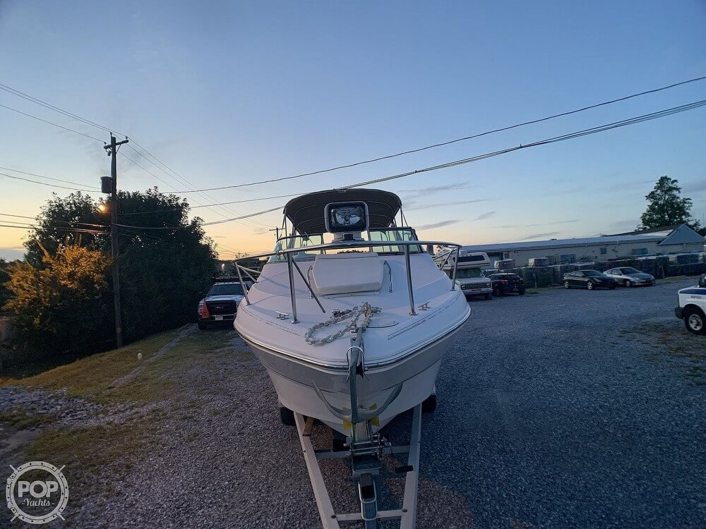 2001 Larson boat for sale, model of the boat is Cabrio 270 & Image # 3 of 40