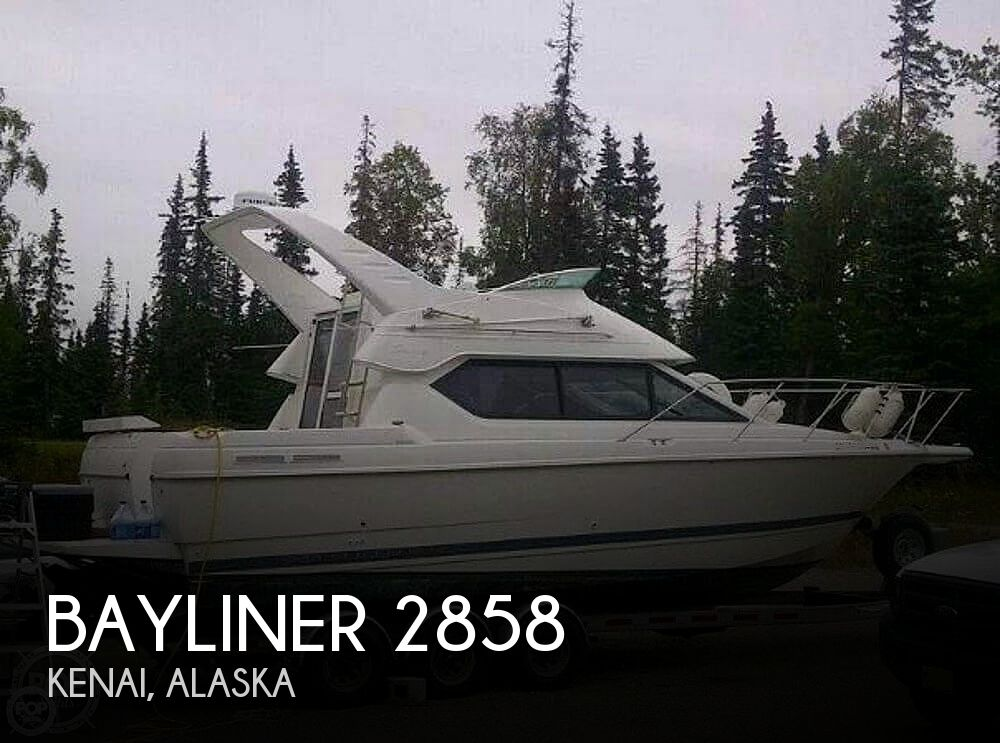2001 Bayliner boat for sale, model of the boat is 2858 CIERA COMMAND BRIDGE & Image # 1 of 37